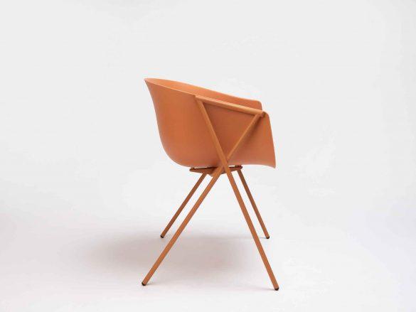 Ondarreta, Bai Chair