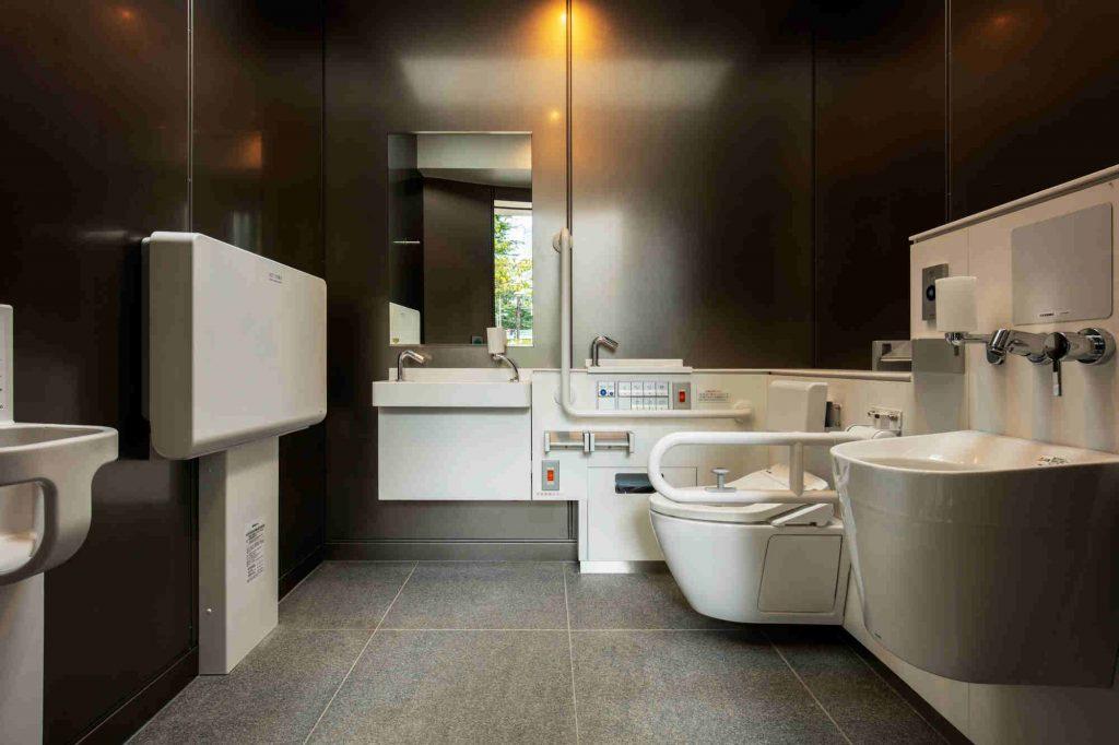 The Tokyo Toilet, Tadao Ando