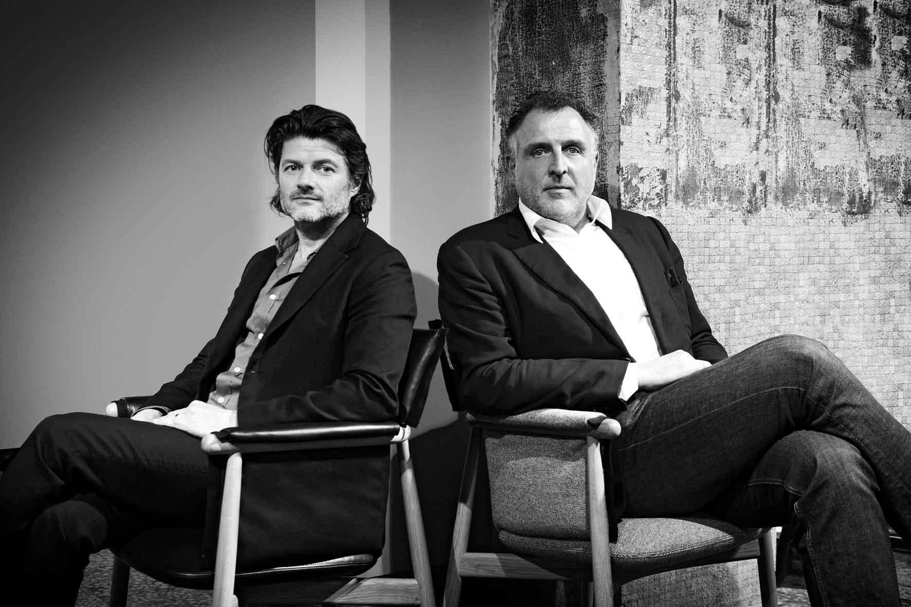 Carl Hansen & Søn, Embrace, EOOS
